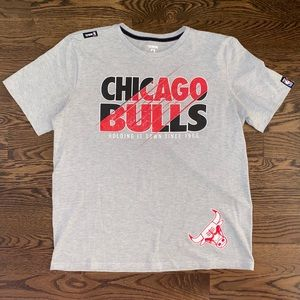 Chicago Bulls UNK short sleeve t-shirt